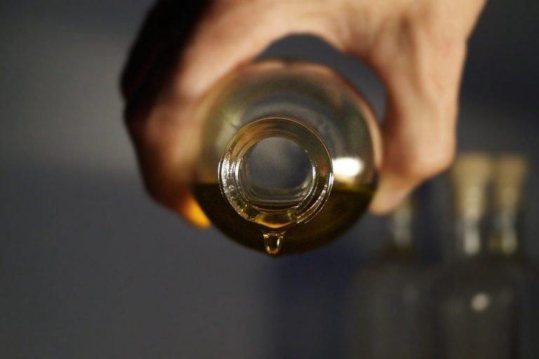 Cannabis-Olivenöl-Extrakt zur äußerlichen Cannabisanwendung
