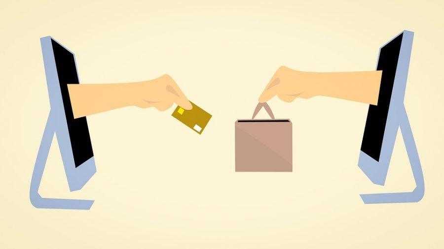 Symbolische Kaufaubwicklung in einem Seedshop mit Kreditkartenzahlung gegen Warenversendung